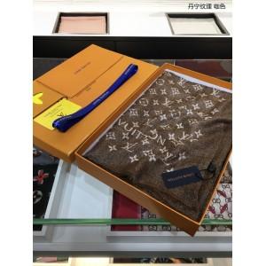 Louis Vuitton Luxury Scarf ASS080022