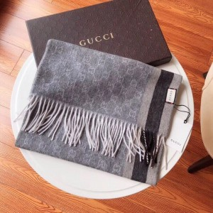 Gucci Luxury Scarf ASS080038