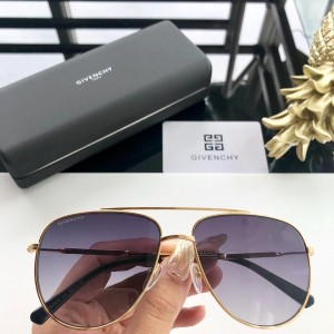 Givenchy Men's Sunglasses ASS650085