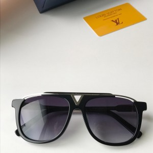 Louis Vuitton Men's Sunglasses ASS650181