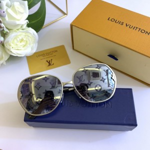 Louis Vuitton Men's Sunglasses ASS650185