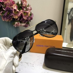 Louis Vuitton Men's Sunglasses ASS650187