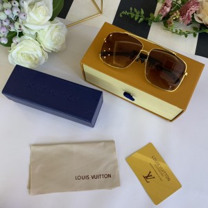 Louis Vuitton Men's Sunglasses ASS650191