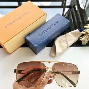 Louis Vuitton Men's Sunglasses ASS650193