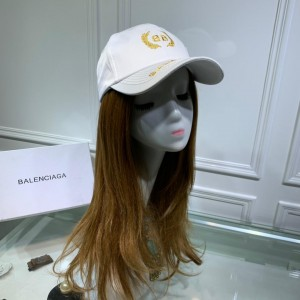 Balenciaga Men's hat ASS650335