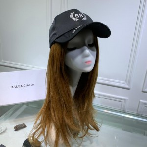 Balenciaga Men's hat ASS650336