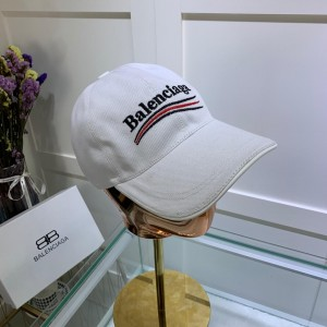Balenciaga Men's hat ASS650340