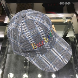 Burberry Men's hat ASS650364