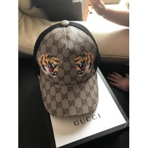 Gucci Men's hat ASS650467