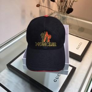 Moncler Men's hat ASS650680