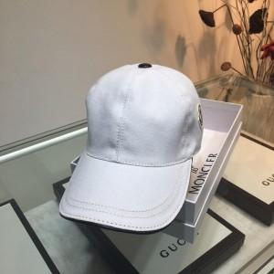 Moncler Men's hat ASS650684