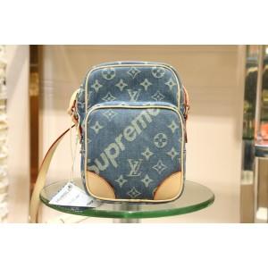 Louis Vuitton Fashion  denim versatile bag LV03BM021