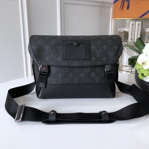 Louis Vuitton Luxury M40511 Messenger MM Voyager BAG LV04BM182