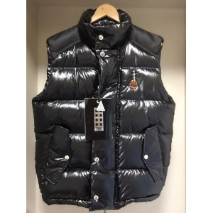 Moncler Buzz Men's Down Vest MC010030