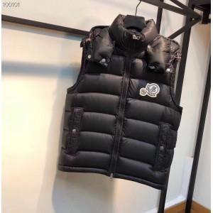 Moncler 18 Men's Down Vest MC010031