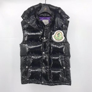 Moncler 19 Men's Down Vest MC010037
