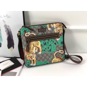 Gucci Perfect Quality bengal tiger shoulder pack GC06BM024