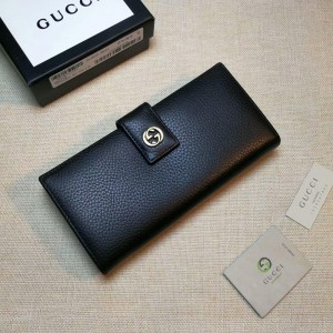 Gucci Perfect Quality black leather wallet with golden metallic lock GC06BM059