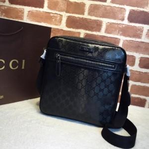 Gucci Perfect Quality black glossy messenger bag GC06BM143