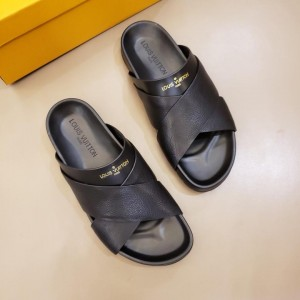 Louis Vuittion black Slippers with crisscross rubber MS021020