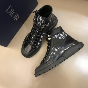 Dior Oblique Calfskin Mid Top Boots Black/Brown MS021046