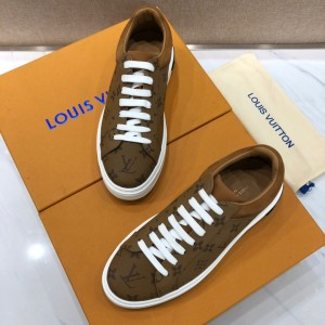 Louis Vuitton High Quality Sneakers Brown and Monogram print with white sole MS021097