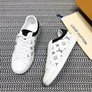 Louis Vuitton High Quality Sneakers White and masonry Monogram embellishment with white sole MS021101