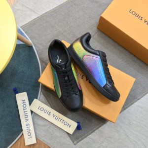 Louis Vuitton High Quality Sneakers Black and iridescent dip canvas with black sole MS021104