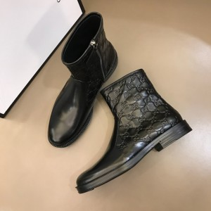 Gucci Black leather Boots With Embossing GG Design MS021147