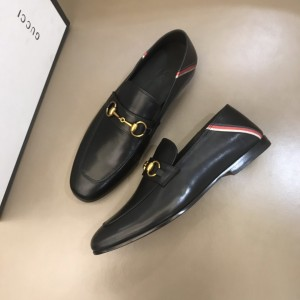 Gucci Jordaan GG velvet loafer MS021148