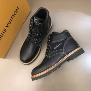 "LV black leather Boots and signed with a cursive ""LV"" embroidered MS021221 Updated in 2019.11.28"