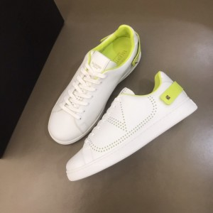 Valentino High Quality Sneakers White and VLOGO embroidery with green heel strap MS021338 Updated in 2019.11.28