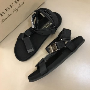 Burberry Black Sandals with canvas MS02582