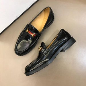 Gucci Black Bright Loafers MS02654