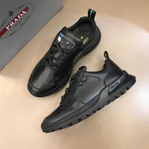 Prada Fashion Sneakers Black and black soles MS02940