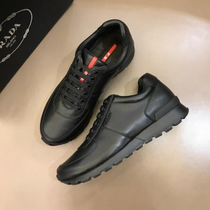 Prada Fashion Sneakers Black and black soles MS02966