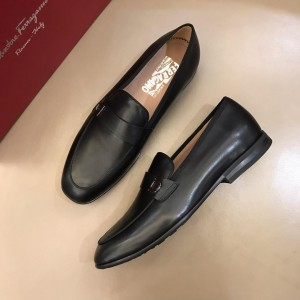 Salvatore Ferragamo Bright leather Fashion Perfect Quality Loafers MS02973