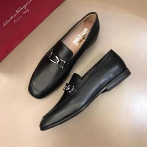 Salvatore Ferragamo Black Bright leather Loafer With Sliver Buckle MS02983