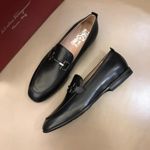 Salvatore Ferragamo Black leather Fashion Perfect Quality Loafers With Sliver Buckle MS02987