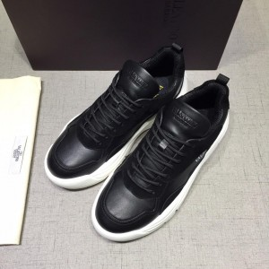 Valentino Perfect Quality Sneakers Black and black heel with white sole MS071452