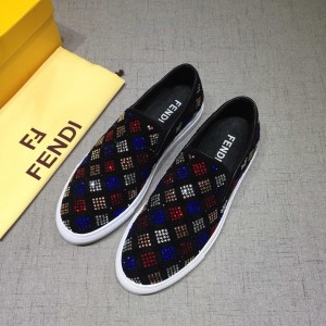 Fendi Fashion Sneakers Black and Two-tone crystal embellishment with White rubber sole MS07211