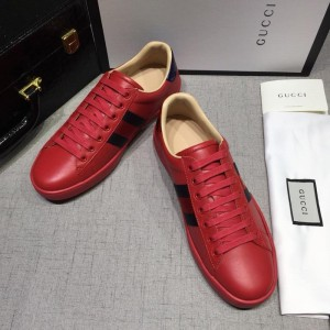 Gucci Fashion Sneakers Red and black red wet with red soles MS07749