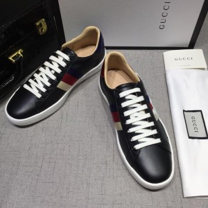 Gucci Fashion Sneakers Black and tricolor wet with white soles MS07762