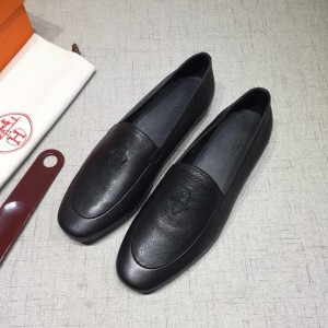 Hermes Black leather Perfect Quality Loafers MS07804