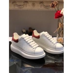 Alexander McQueen Fahion Sneaker White and burgundy suede heels MS100051