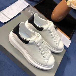 Alexander McQueen Fahion Sneaker White and black heel MS100061