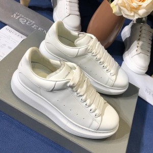 Alexander McQueen Fahion Sneaker White and white heel MS100078