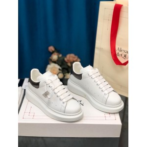 Alexander McQueen Fahion Sneaker White and silver heel MS100083