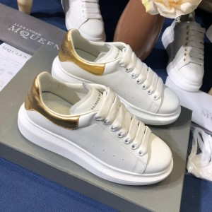 Alexander McQueen Fahion Sneaker White and gold heel MS100092