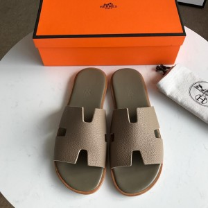 Hermes Luxury Slippers WS032816